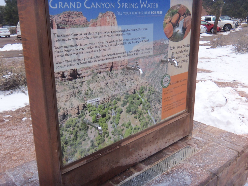 Grand Canyon bans sales of bottled water