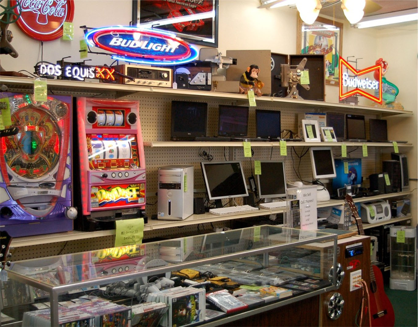 Where to apply, if money is urgently needed - a pawnshop as a solution to the issue