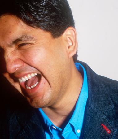 sherman alexie war dances In blankets, an excerpt from sherman alexie's new collection entitled  blasphemy, he recounts his attempts to comfort his ailing father as he.